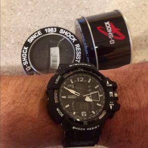 New G-Shock Watch.  Last one. Silver chrome
